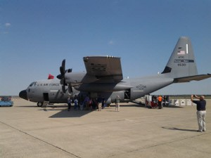 FIU-IHRC Joined NOAA's Hurricane Hunter Awareness Tour